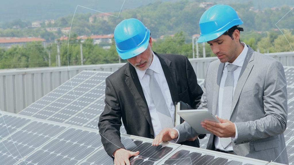 O painel solar tem ganhado destaque entre as empresas e indústrias, pois ajuda na diminuição de custos e reduz os impactos ambientais.